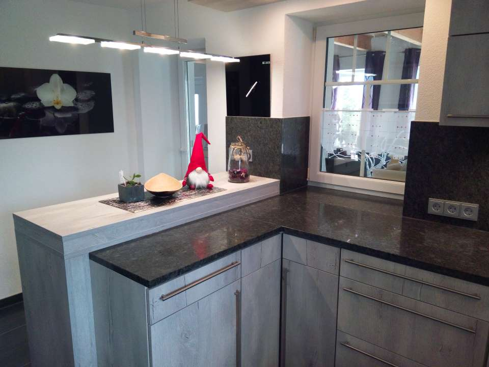 k chenplatte regie leasing reitinger. Black Bedroom Furniture Sets. Home Design Ideas